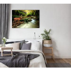 Obraz na płótnie jeleń nad leśnym potokiem wizualizacja