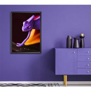plakat fioletowy kameleon wizualizacja
